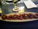 薄切りマグロとアボガド・トマトサラダ