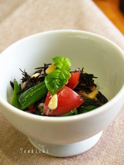 ひじきとトマトのサラダ