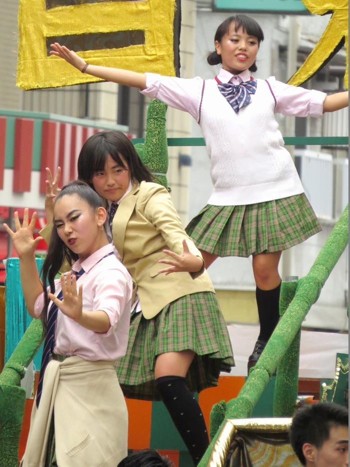 第36回浅草サンバカーニバル2017 その43(自由の森学園サンバ音楽隊)