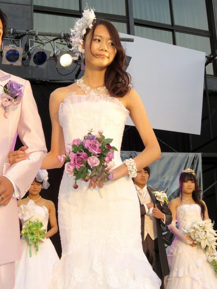 さっきまで、和服の似合う日本人女性だったのに、ウェディングを着てもサマになるんですね