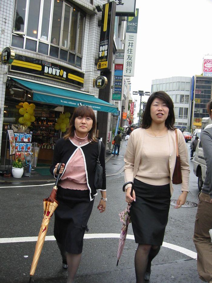 雨上がりのお買い物(東京・自由が丘)