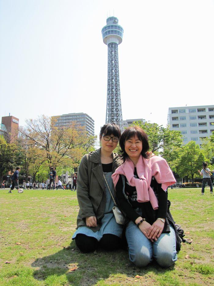 横浜マリンタワー(横浜・山下公園)