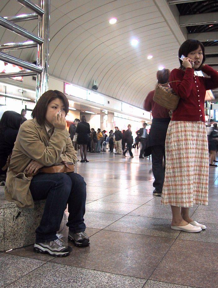 お互い待ち合わせ(川崎駅コンコース)