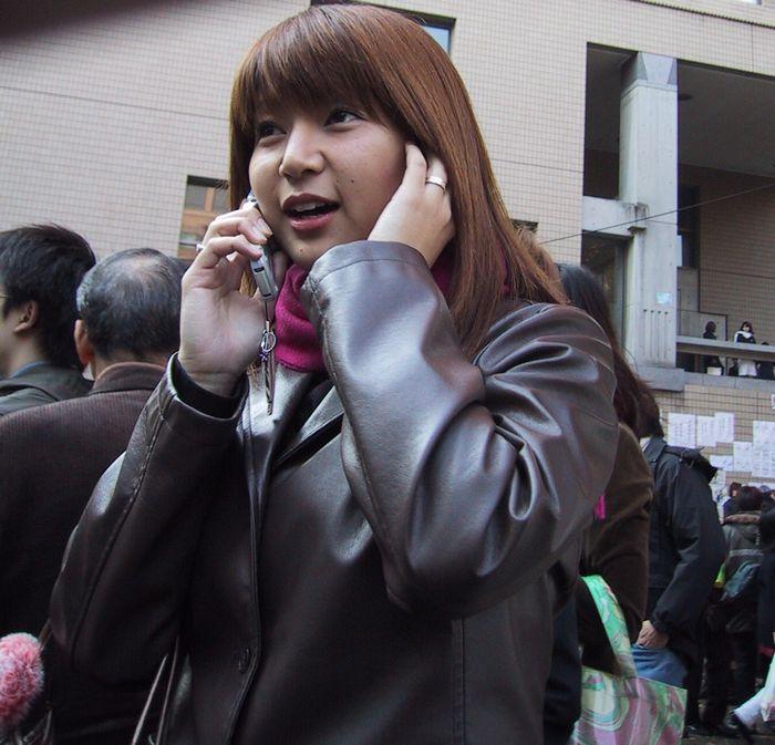 今、電話中 (東京・三田)