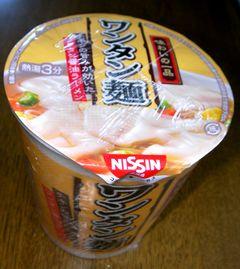 日清ワンタン麺
