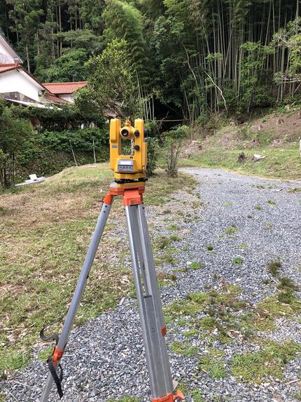 敷地の弥盛地(イヤシロチ)化と玄空大卦法による池をはじめとした庭園造営で福岡県に出張しました
