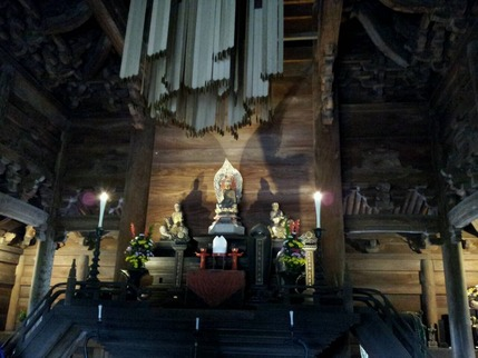 高岡山瑞龍寺仏殿の釈迦如来像