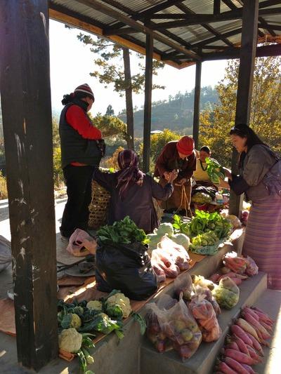 ブータン田舎の売店
