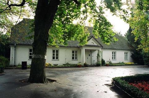3ショパンの生家(博物館)107