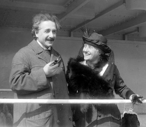 17エルザとアインシュタイン
