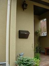 玄関のポスト