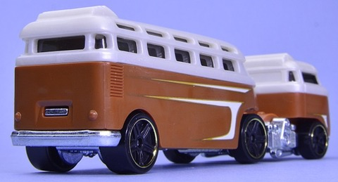 CUSTOMVOLKSWAGENHAULER (3)