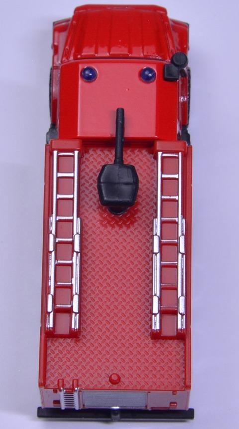 メルセデス・ベンツ ゼトロス消防車 (9)