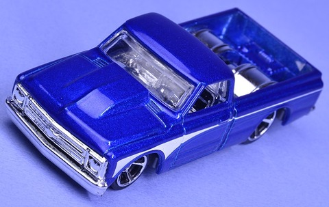 67CHEVYC102016HOTTRUCKS (14)