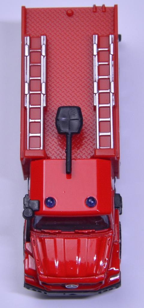メルセデス・ベンツ ゼトロス消防車 (8)