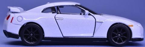 日産GTR (7)