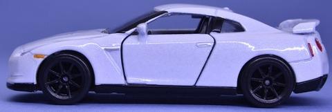 日産GTR (6)