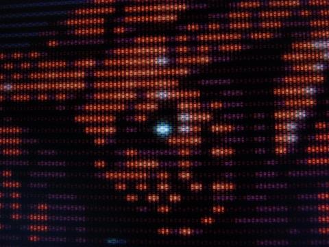 モンスター_実際に4K液晶に映したものを撮影