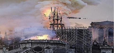 崩れる尖塔貼り付け時に横拡大600