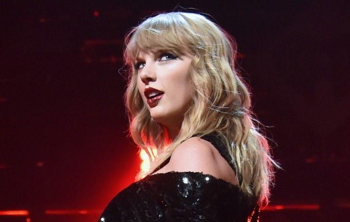Taylor-Swift-3-720x457