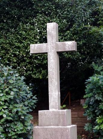 十字架の墓