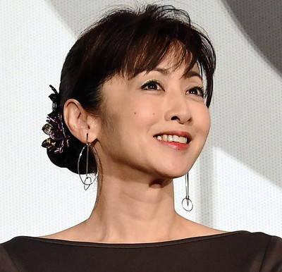斉藤由貴長女が私生活を明かす…ふわふわしているのは偽りの姿ストーカーチック