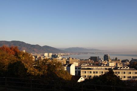 大津サービスエリアから比叡山方向の望む