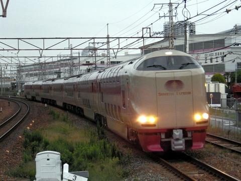 JR西日本東海道本線_岸辺0145_result