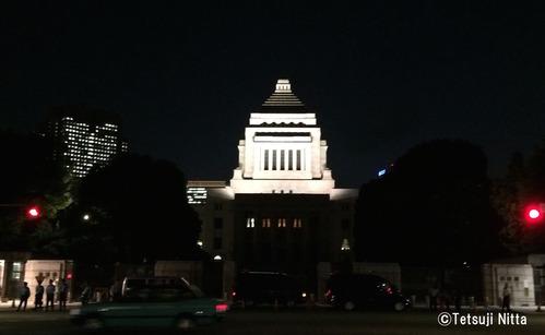 国会議事堂(夜間)