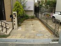ガレージ、土舗装工事完成(1)