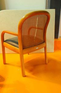 小椅子(2)