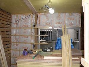 壁下地(寝室裏のベランダ側)