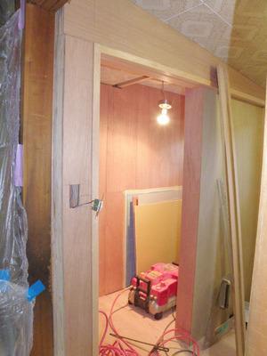 トイレ引き戸改修工事(2)