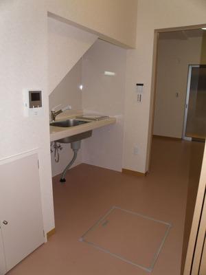 完成:廊下、キッチン、寝室(8)
