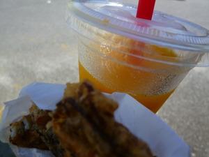 22マンゴースムージーと50円天ぷら