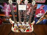 トリプルネックギターは蛸さん用?