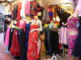 日暮里繊維街のステージ衣装店