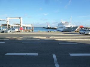 4早朝の港