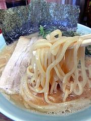 ラーメン壱六家 磯子本店 ラーメン醤油 麺
