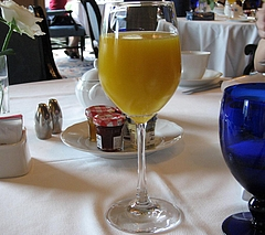 フォーシーズンズ 朝食のジュース