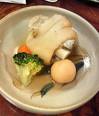 琉球料理と琉球舞踊 四つ竹@国際通り店 てびち