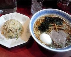 ほん田@小川町 ラーメン・半チャーハンセット+ゆで卵(550円)