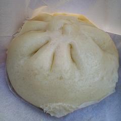 雅秀殿 肉まん(350円)