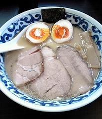 九段 斑鳩 特製らー麺(880円)