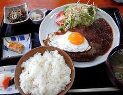 樹林 ジャンボハンバーグ定食(850円)