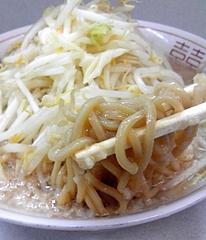 ラーメン神田店(旧ラーメン二郎神田店)@神田駅 ラーメン小・豚 麺