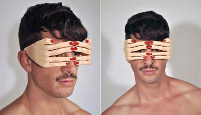 JEREMY_SCOTT_FLESH_HANDS_FRAME