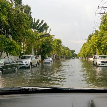 洪水-1430273989164