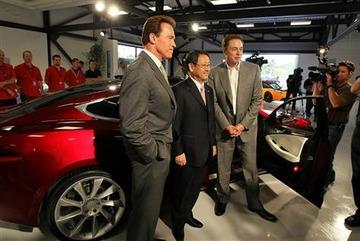 Arnold Schwarzemegger Akio Toyoda Elon Musk