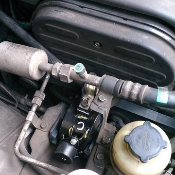 Engine brkt